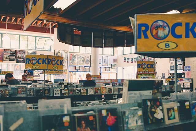 音楽CD店の不況